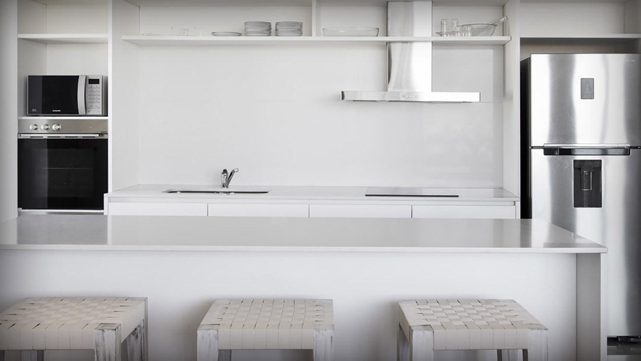 Revestimientos, marmol, granito, silestone, muebles de cocina y baños